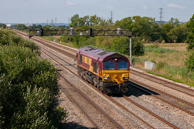 66203 trundles by east bound running light about the time 6E09 0920 Margam to Lackenby empty steel flats should have passed. Could this loco run light all the way to the North East of England?