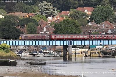 33025; Cobden; Bridge; St; Denys; 190921 (3)