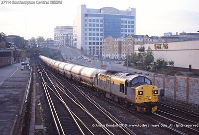 37114 Southampton Central 280596