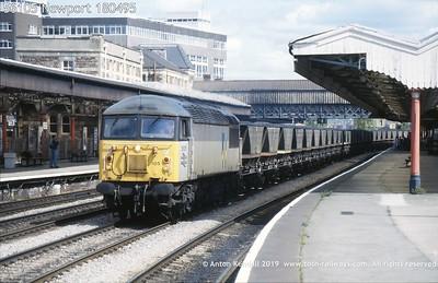 BR British Railways UK Great Britain photo diesel locomotive class 56 grid iron railfreight sector grey