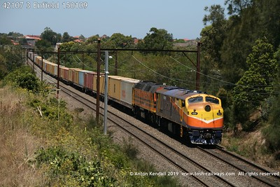 42107 3 Enfield 150109