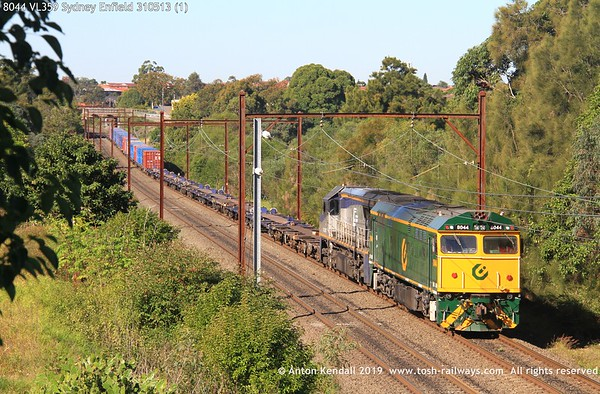 8044 VL359 Sydney Enfield 310513 (1)