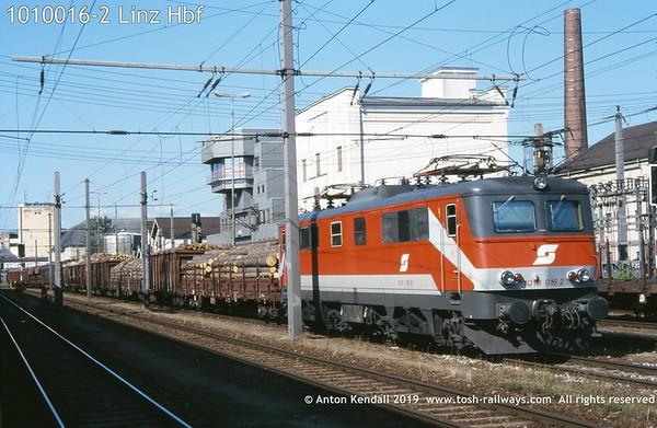 1010016-2 Linz Hbf