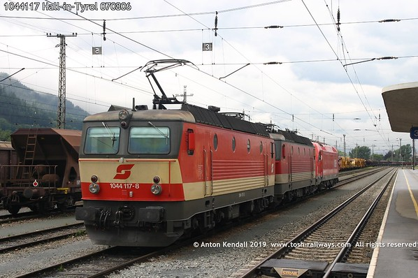 1044117 Hall-in-Tyrol 070806