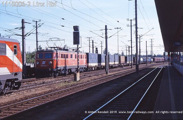 1110006-2 Linz Hbf