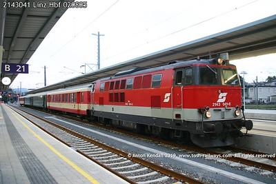 2143041 Linz Hbf 020805