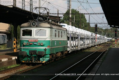 122025-0 2 Kolin 140709