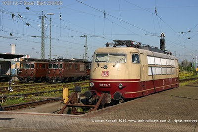 103113-7 Basel Bad 220405