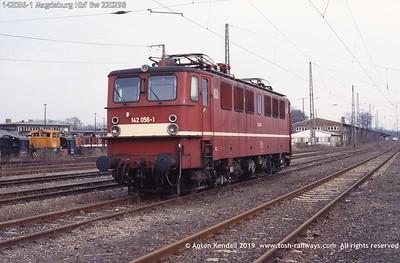 142056-1 Magdeburg Hbf Bw 220298