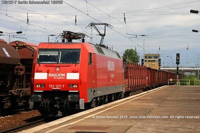 152127-7 Berlin Schoenefeld 150706