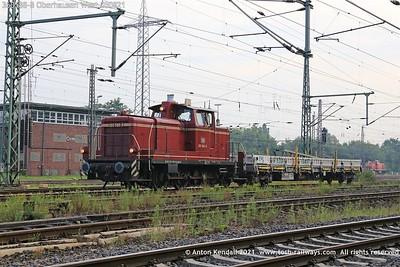 360588-8; Oberhausen; West; 050821
