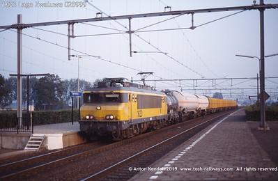 1623 Lage Zwaluwe 020999