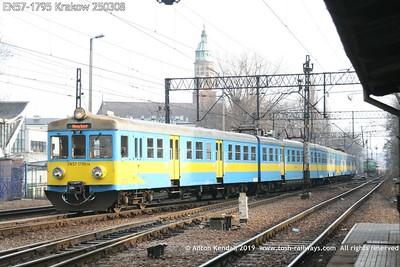 EN57-1795 Krakow 250308