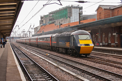 43108 speeds through on the up fast with 1E08 0930 Edinburgh to Kings Cross. The entire journey is made under the wires.