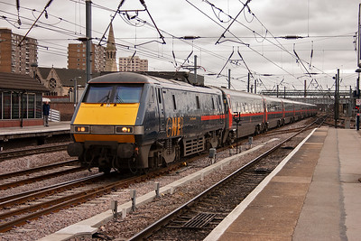 """At the other end of the scale from the 08 shunter is 91130 tearing through York station at speed with 1S11 1000 Kings Cross to Edinburgh. The 1000 Kings Cross departure is """"The Flying Scotsman""""."""