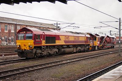 66200 has an easy job on its diagram 7D08 Klondike to Decoy Yard engineers train, one Fastline tamper 76308.