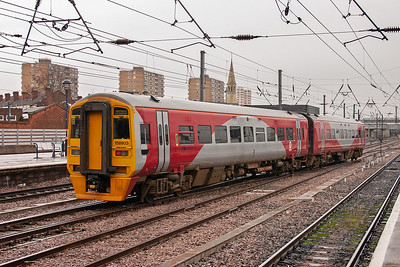 158903 wears the red and grey colour scheme of the South Yorkshire Metro but the service, 1J26 1155 Hull to Sheffield, is operated by Northern Trains.
