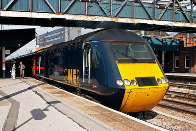 A few years before these images were taken, Kings Cross to Leeds services were handled favourably by under utilised Regional Eurostar sets. Now those sets have been handed back and GNER employ HSTs to work the Leeds trains. 43053 is the rear power car of 1D33 1235 Kings Cross to Leeds.