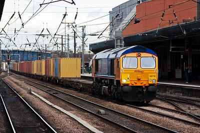 A southbound freight comes hammering through on the up fast with GBRf Metronet liveried 66719 with 4L78 1143 Selby to Felixstowe Intermodal running about 45 minutes late.