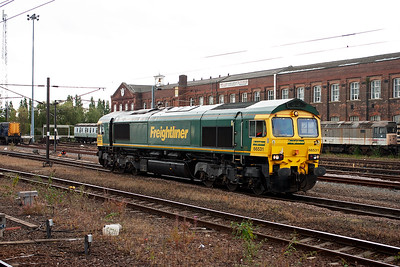 Round on the west side of the station and 66531 runs north light engine. It may be 0G11 1400 Doncaster Down Decoy Yard to Leeds Midland Road light engine. If this IS correct then it is running about an hour late.