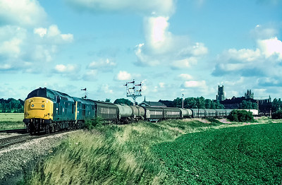 37140 and 31201 double heading freight at Ely Dock Junction 20/7/85