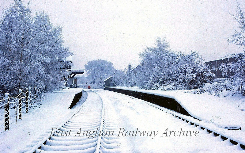 Histon looking south east during the heavy snow of the Winter of 1980/1981