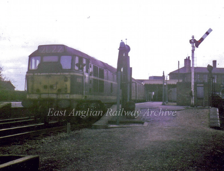 End of the platform at St Ives. Class 31 D5637 waits with a train for March on 4th March 1967. Photo with kind permission of Stewart Ingram. Note the water pump.