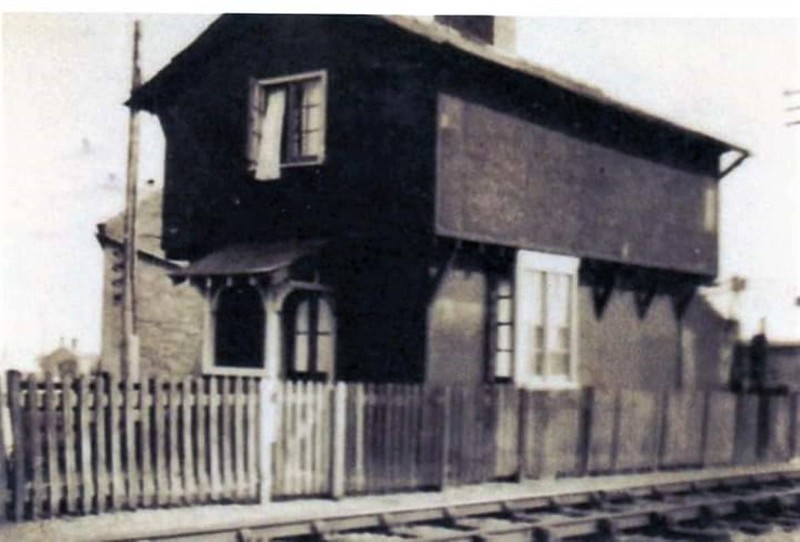 Slade End crossing keepers house on Doddington Road.  The area is now a roundabout.<br /> <br /> Photo:- Thanks to Brian Hemment.