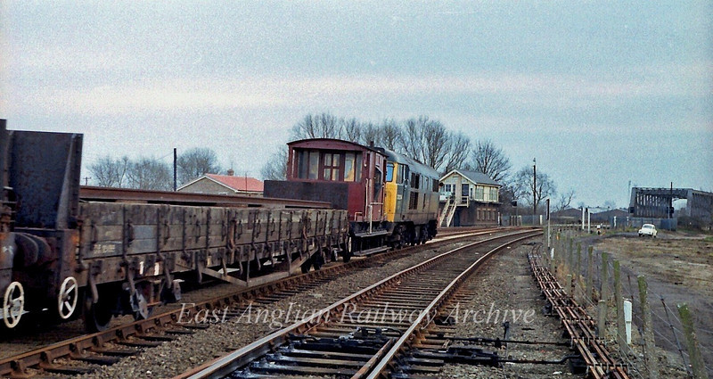 31204 carries out some shunting work at Chesterton Permanent Way Depot. It is about to head onto the main line and then reverse back into the depot.  Chesterton Junction box can be seen to the right of the loco. 2nd March 1980