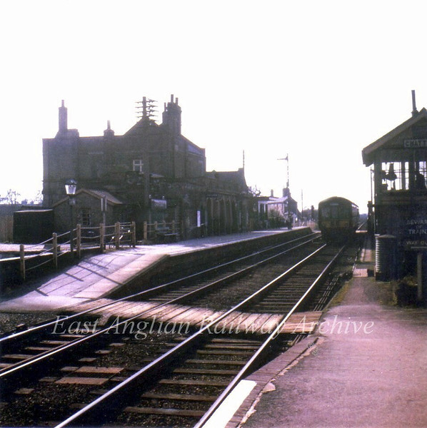 Chatteris looking South on 4th March 1967 with a Wickham 2 car unit arriving. Note the large station house and the staggered platforms. No trace of this scene exists today, it is now part of the A141 road. Photo with kind permission of Stewart Ingram.