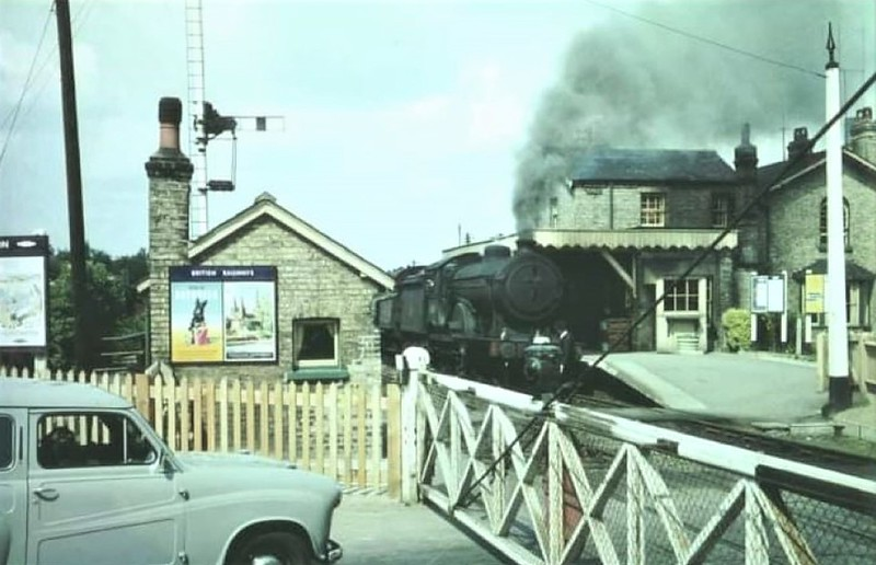 Class D16  (625**/626**} passes Histon on an Up freight. c1960