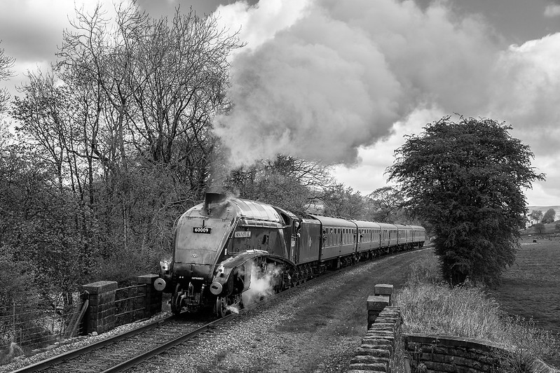 A4, 60009 has been under repair the  ELR, prior to its last 2 years of mainline running, after which it will be retired.   Some issues coupling the stock at Add to dictionary  led to a 30 min late departure and time for the cloud to roll in at Irwell vale.   22 April 2017