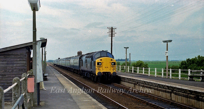 37029 passes Shippea Hill with a Birmingham New Street to Norwich working on 22nd July 1978