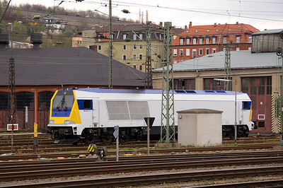Also stabled at Wurzburg was Voith Maxima C30 - I think this is leased to Ox traction, but I can't see any identivication number - 01/04/11