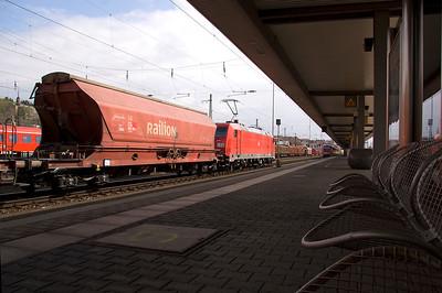 185 371 rumbles through Wurzburg 01/04/11