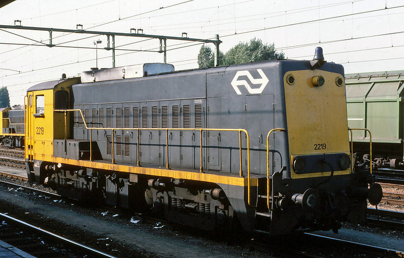 NS 1800 Class Shunter No 2219. Location unknown