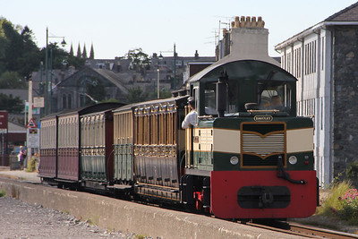 Criccieth Castle shunting at Porthmadog Harbour. 8 August 2012