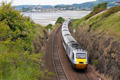 The Leeds to Aberdeen East Coast HST reappears at Pettycur Bay led by 43300.