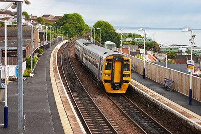 Alpha Line liveried 158870 slows for its Kinghorn stop with 2G47 0834 Newcraighall to Edinburgh via the Fife Circle outer.