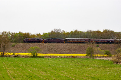 The pair power up and gather speed on the rising 1 in 126 gradient. It will follow the previous class 158 to Perth. 28/4/2014