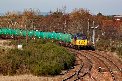 56094 leads 6N72 1448 WO Linkswood to Grangemouth Refinery empty tanks with a clear road through the station.