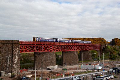 The pair cross over Jamestown Viaduct and will make its next stop at Inverkeithing shortly.