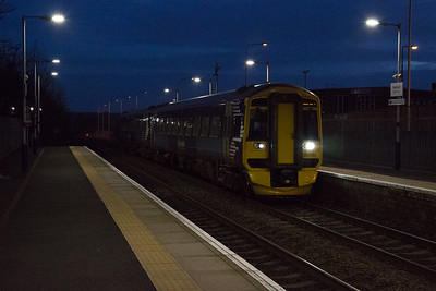 158703 barrels through Markinch with ECS 5K41 1803 Kirkcaldy to Perth.  Having terminated in Kirkcaldy this runs to Thornton North loop and sits for a while to allow two other services to overtake.