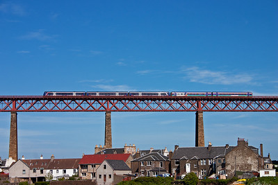 A pairing of class 170 and 158 units form 1A79 1605 Edinburgh to Dyce for Aberdeen  Airport.  The train will not stop at North Queensferry or many other stations in Fife either.