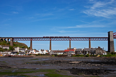 An unknown class 170 turbostar rumbles high above North Queensferry forming 1B28 1225 Aberdeen to Edinburgh.
