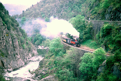 No 413 in the Doux gorge April 1995