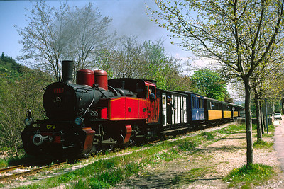 No 413 is on the final run in to Lamastre running alongside the road. April 1995