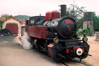 no 413 has been turned at Lamastre and will simmer until the afternoon departure for Tournon - September 1990