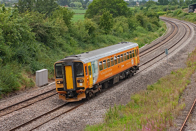 I have soft spot for the class 153 bubblecars as there is no accounting for taste!!! 153327 runs for Gloucester with 2G58 1117 off Maesteg.