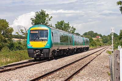 The sun was coming and going all afternoon. 170102 powers towards Gloucester with 1M66 1345 Cardiff to Nottingham.